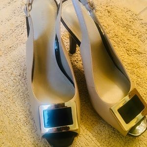 Nine West platform shoe